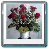 Mic-003  Price € 40 20 red roses in nice small basket